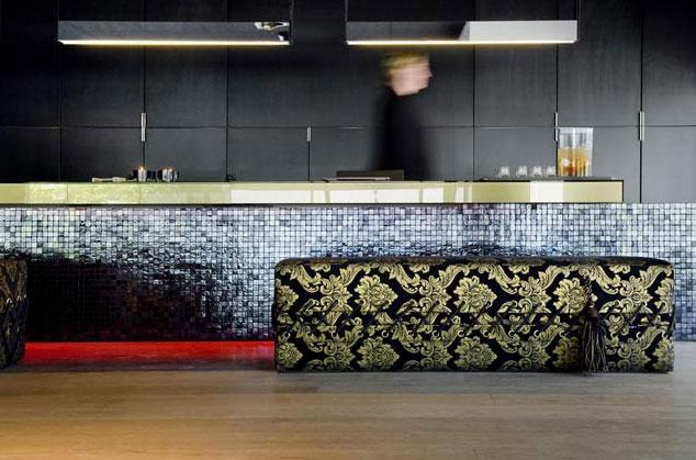 Interior-Lobby-carbon-hotel